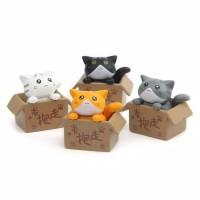 mainan miniatur kucing orange patung pajangan kucing dalam kardus