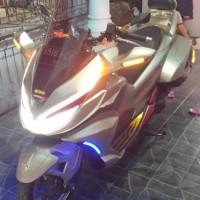 Modifikasi goldwings Honda pcx lokal
