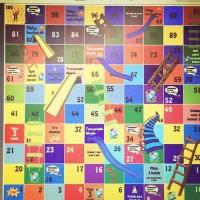 Permainan ular tangga raksasa tanpa pertanyaan 3x3