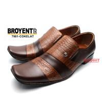 Sepatu Pantofel Pria Kulit Sapi Asli 7981