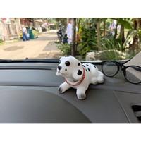 Boneka Goyang Anjing Dalmatian Hiasan Dashboard Mobil