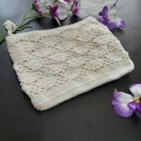 Pouch rajut motif kipas / mini tas hand made