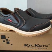 Sepatu casual kulit asli