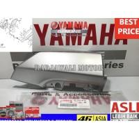 COVER LAMPU DEPAN KANAN BAWAH NMAX 2015-2016 N-MAX ASLI YAMAHA