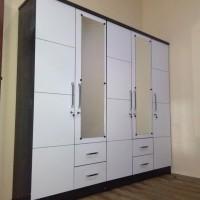 Lemari pakaian / lemari baju 5 pintu putih glossy