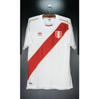 Peru 2018-19 Home. USED. XL. Original Jersey. Umbro uum190139u