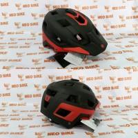 Helm Polygon Ramp Black Red