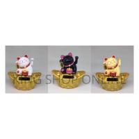 Boneka Pajangan Solar Gard Maneki Neko kucing Uang 3 warna