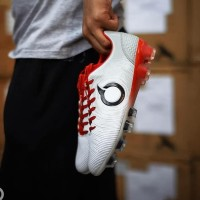 Sepatu Bola Ortuseight Catalyst Oracle Fg White Terbaru