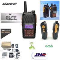 HT Handy Talkie Baofeng UV6R Dual Band 7 Watt UV6 R UV-6R + headset