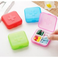 Kotak Obat Pill Box Medicine Case Mini Tempat Perhiasan