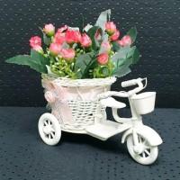 Pot Vas Bunga Kecil Bentuk Sepeda Rotan Plastik Kombinasi Pita