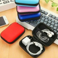 Travel case headset pouch earphone tempat kabel charger dompet coin