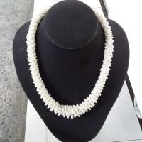 Kalung Monte Lilit Bali Putih Tulang