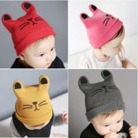 Kupluk bayi rajut / Topi bayi anak laki-laki