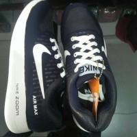 Sepatu Sport Nike Zoom