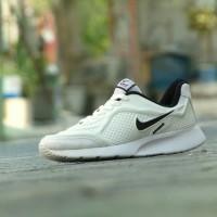Sepatu Sport Casual Nike Airmax - Full Putih List Hitam - Pria Wanita