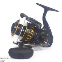 Reel Pancing Spinning Daiwa BG untuk mancing kolam-laut