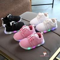 Xzq-1 Sepatu Sneakers dengan Lampu LED Luminous untuk Bayi Laki-laki