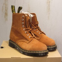 Dr Martens 1460 Sands Brown Suede Leather