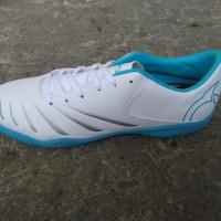 Sepatu Futsal OrtusEight Blitz In - WS aksesoris
