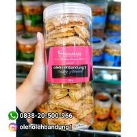 Almond Pastry Tabung Primarasa   Kue Oleh - Oleh Bandung