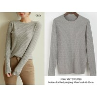 Pony Knitt Blouse