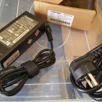 (NEW) Baru - Charger Casan Adaptor Laptop TOSHIBA ORIGINAL