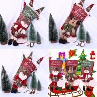 Ornamen Gantung Bentuk Kaos Kaki untuk Dekorasi Pohon Natal