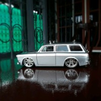 Diecast - Miniatur Mobil Jada VW - Volkswagen SquareBack Skala 24 o