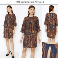 HMB TrumpetSleeve Playwood Dress