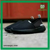 SEPATU SNEAKERS ADIDAS SLIP ON FULL BLACK ORIGINAL