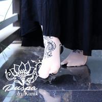 Kaos Kaki Kanik Motif Henna Jempol Cokelat - Kaos kaki Pilihan Motif - HENNA PUSPA