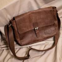 Arjuna Messenger Bag - Size S - Crazy Horse