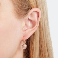 Anting Olivia Burton Shell Huggie Hoops Rose Gold with White Pearl