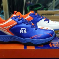 Sepatu Badminton RS superseries 617