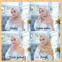 fashion muslim wanita jilbab maxi hijab segi empat kerudung salem muda