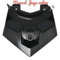 Cover Tail Sambungan Body Belakang Atas Lampu belakang Vario 125 150