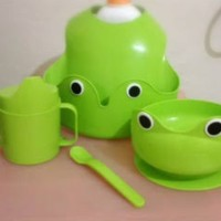4pcs Peralatan Makan Bayi Bib Slabber Mangkuk Gelas Sendok