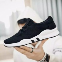 Sepatu Running Pria | Gratis Kaos Kaki + Box Packing Rapi
