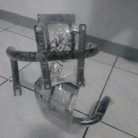 BRAKET WINDSHIELD VISOR MOTOR THUNDER LAMPU BULAT