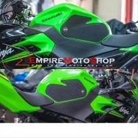 Side Tankpad Ninja 250 Fi 2018 R&G RNG Ninja 400