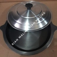 Loyang martabak manis Diameter 22cm Bahan besi coor +tutup