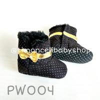 Sepatu Boots Prewalker Baby Bayi Bulu Hitam Black Polkadot