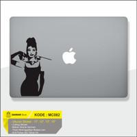 Decal Sticker Macbook Sticker Laptop Aksesoris Macbook Madona
