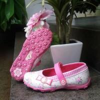 sepatu anak perempuan slip on merk Donatello tipe FB 1001 flat uk26-30