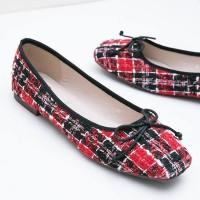 Berrybenka Sepatu Flat Shoes Wanita Joalla Octarina Tweed Flats Red