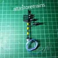 Miniatur lampu sinyal Kereta api