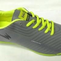 Terlaris Sepatu Eagle Futsal Oscar Terpopuler