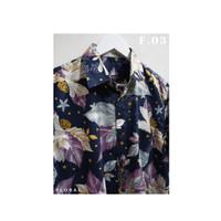 Kemeja Casual Floral Lengan Pendek Pria / Wanita - Poinsettia
